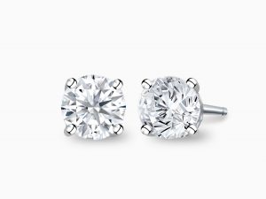 classic-diamond-ear-studs