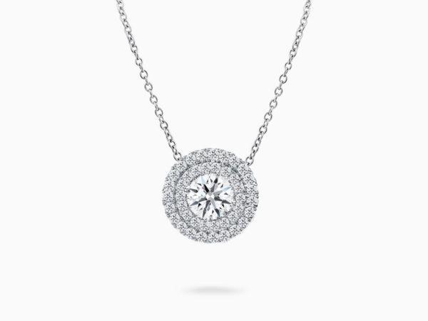 singapore diamond pendant